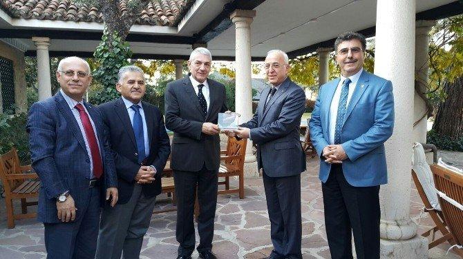 İspanya'ya İş Gezisine Katılan KTO Heyeti, Büyükelçi Önhon İle Buluştu