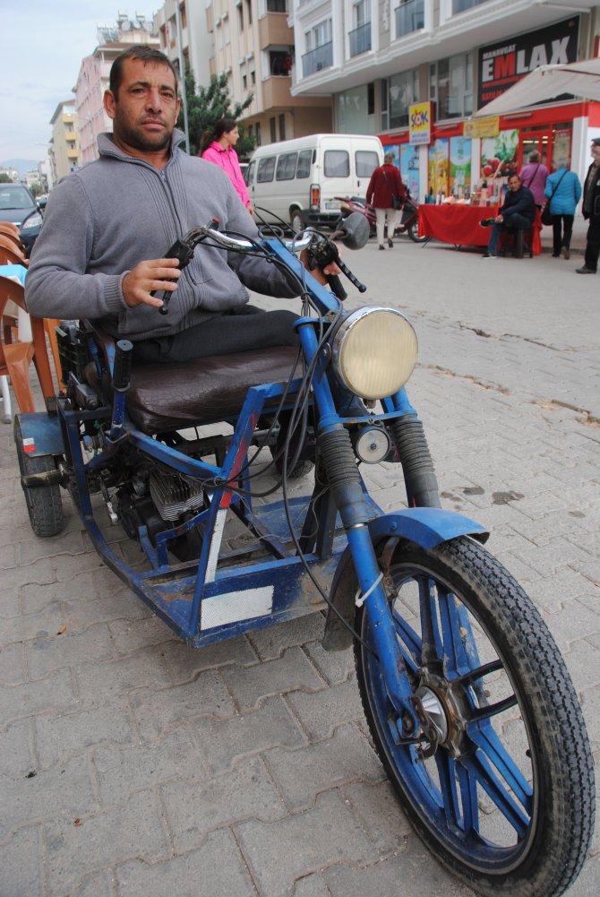 Eskiyen engelli aracının yenilenmesi için yardım bekliyor