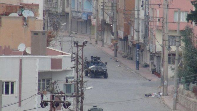 Nusaybin'de yasağın 4'üncü gününde silah sesleri geliyor