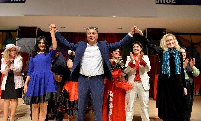 Çeşnibahar Kadınlar Topluluğu'ndan Başkan Uysal'a Teşekkür