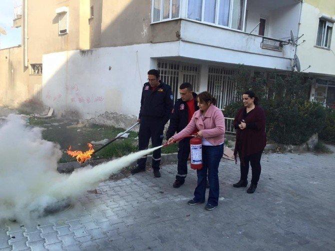 Burhaniye'de Miniklere Yangın Tatbikatı