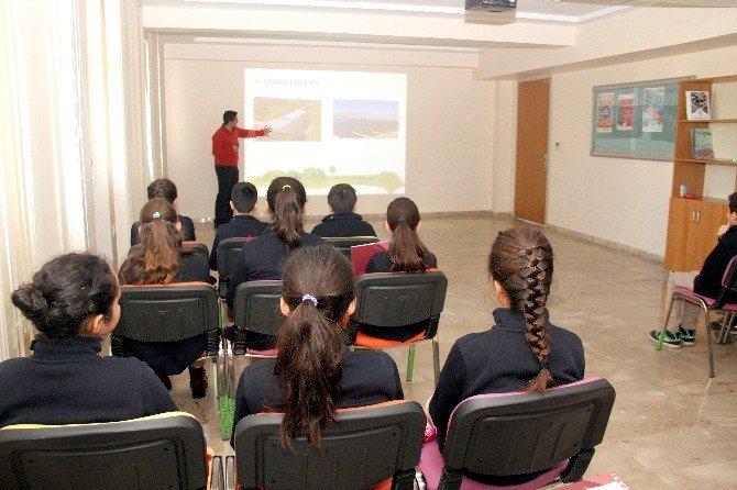 Erdemli Gençlerden HKÜ'ye Enerji Ziyareti