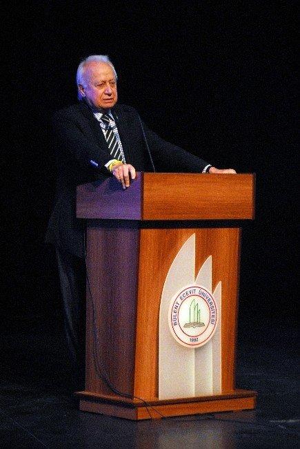 """Prof. Dr. Üstün Ergüder: """"Aziz Sancar Türkiye'de Kalsaydı, Aziz Sancar Olabilir Miydi?"""""""