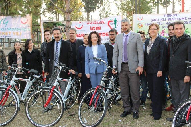Öğrenciler sağlık için bisiklete binecek