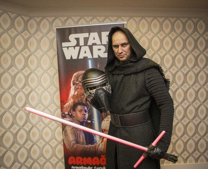 Star Wars: Güç Uyanıyor' UN Özel Gösterimi Yapıldı