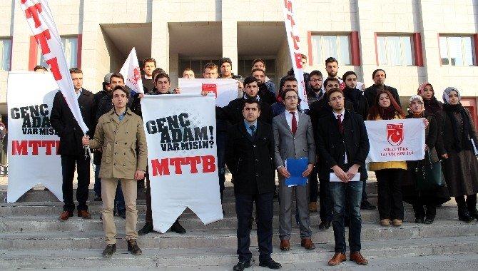 CHP Milletvekili Eren Erdem'in Vatana İhanetten Yargılanmasını İstediler