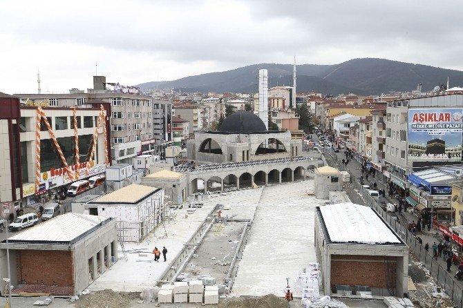 Sultanbeyli Merkez Camisi Tamamlanıyor