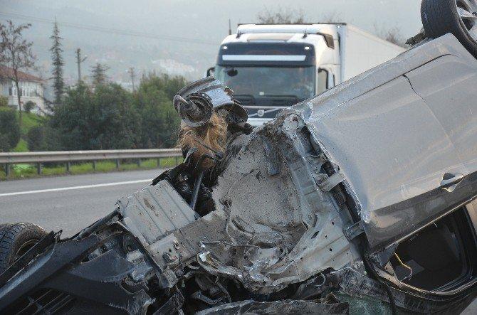 Kazadan Sonra Kopan Saçları Otomobilde Kaldı