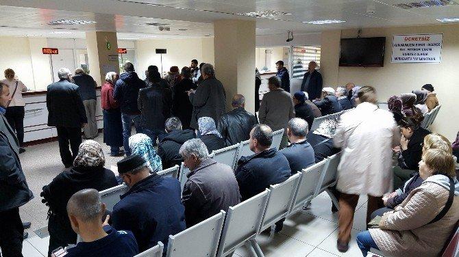 Taksitle Ev Almak İsteyen Emekliler SGK'ya Akın Ediyor
