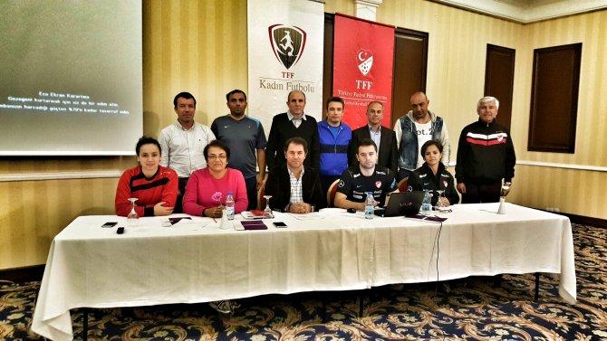 Kadın Futbolu Çalışma Grubu Manisa'da toplandı