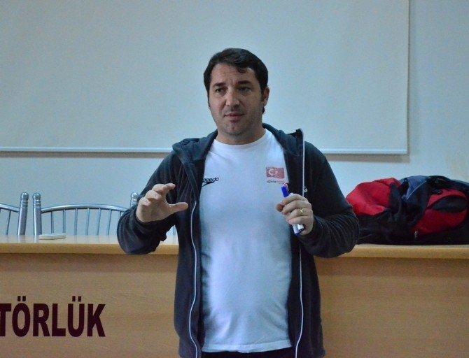 1. Kademe Yardımcı Yüzme Antrenör Kursu Adana'da Başladı