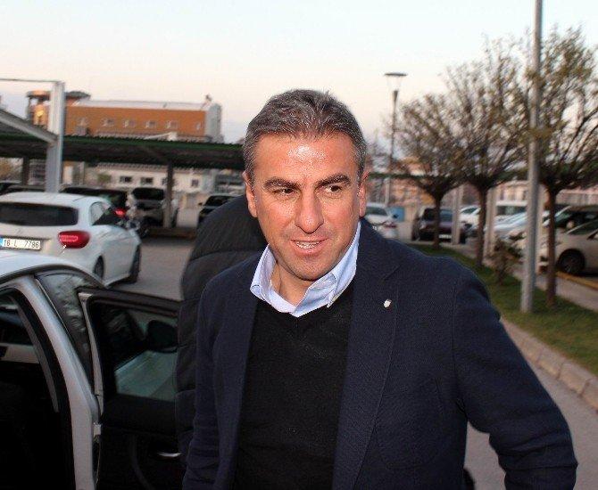 """Hamza Hamzaoğlu: """"Bursaspor'u Kabul Etmemdeki En Büyük Etken Taraftarın Potansiyeli"""""""