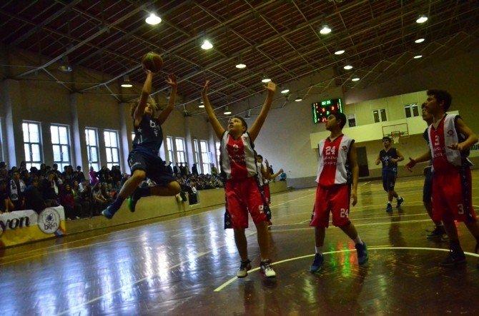 Okullararası Yıldız Erkekler Basketbol Müsabakaları Tamamlandı