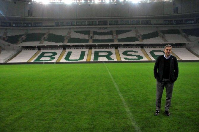 Hamza Hamzaoğlu, Timsah Arena'yı gezdi
