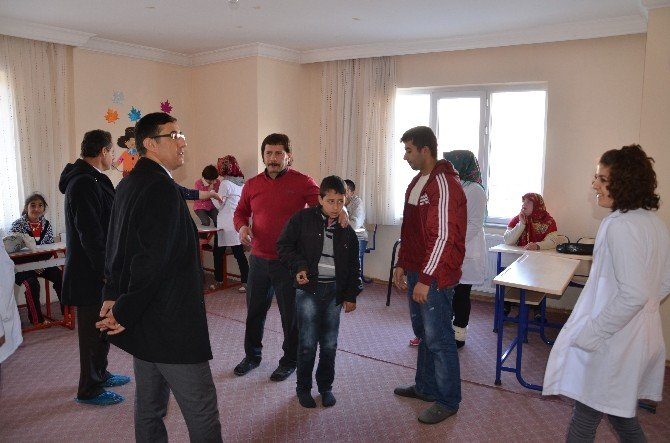 İlçe Milli Eğitim Müdürü İnce, Rehabilitasyon Merkezini Ziyaret Etti