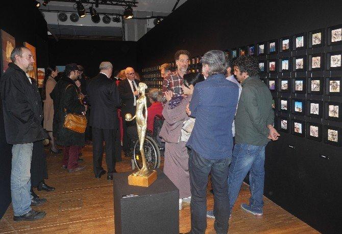 Çağdaş Türk Plastik Sanatçıları, Paris Louvre Carrousel Sergisinde