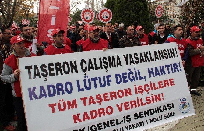 Kadıköy Belediyesi'nde Çalışan Taşeron İşçiler Eylem Yaptı