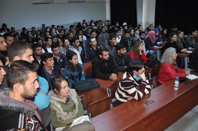 Anamur Kaymakamı Cantürk Üniversitelilerle Buluştu