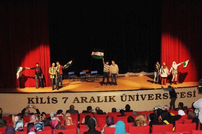 Arapça Etkinlikler Topluluğu Tiyatro Gösterisi