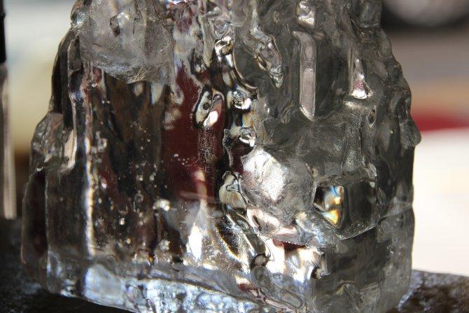 Kristal tuz görenleri hayrete düşürüyor