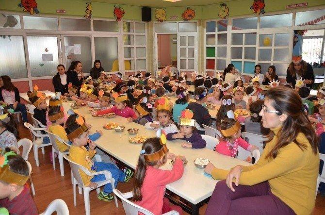 Nazilli'de Minik Öğrencilerden 'Yerli Malı Haftası' Kutlaması