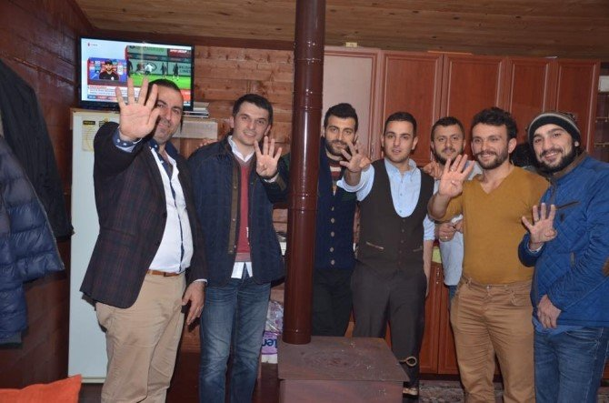 """Oflu Gençler'den Süleyman Soylu'ya """"Selam Söyle Reis'e"""" Şarkısı"""