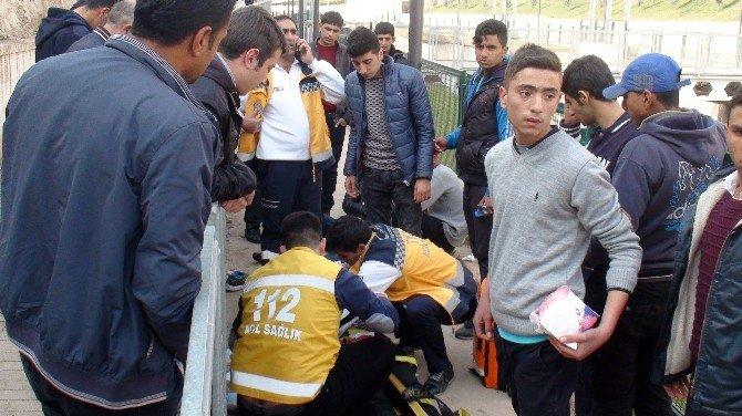 50 Metrelik Uçuruma Yuvarlanan Yaralılar Güçlükle Çıkartıldı
