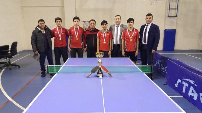 Osmaniye'yi masa tenisinde Hoşgörü Liseleri temsil edecek