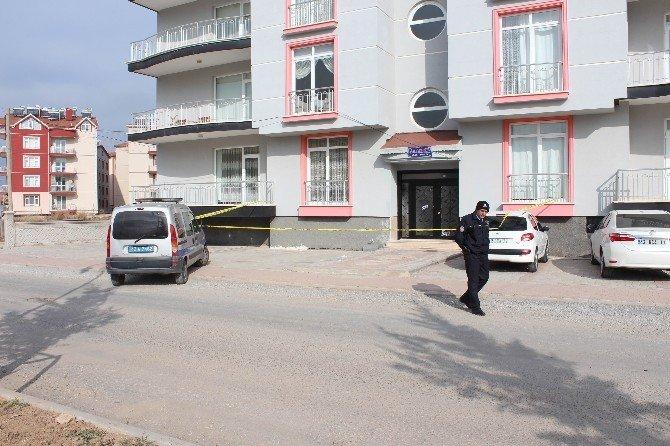 Öğretmen Eski Okul Müdürünü Av Tüfeğiyle Vurdu
