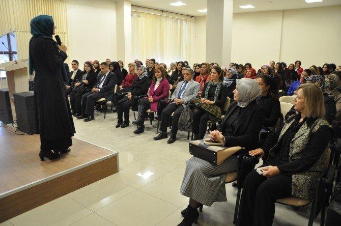 """Kadınların """"El Emeği Göz Nuru"""" Sergisi"""