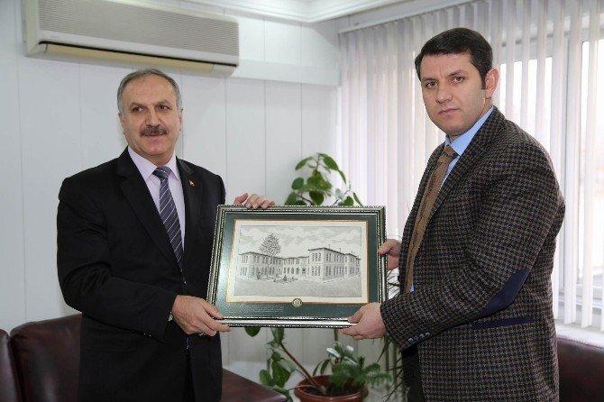 İl Özel İdaresi Genel Sekreteri Ayhan Kurumları Ziyaret Etti