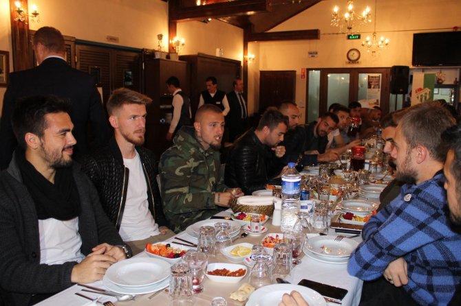 Bursaspor moral yemeğinde bir araya geldi