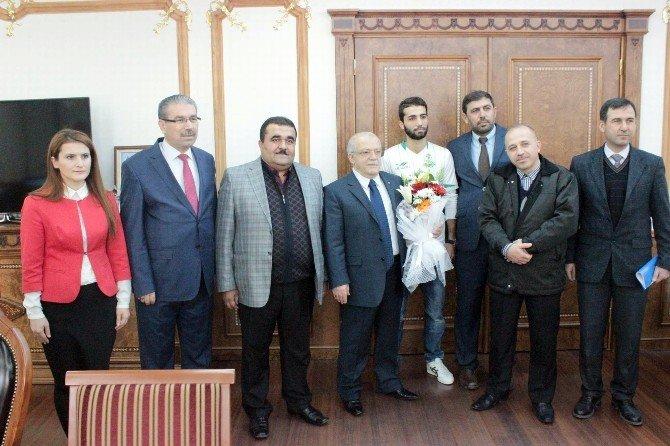 Türkmen Mülteci İlyas Mohammed Emin:
