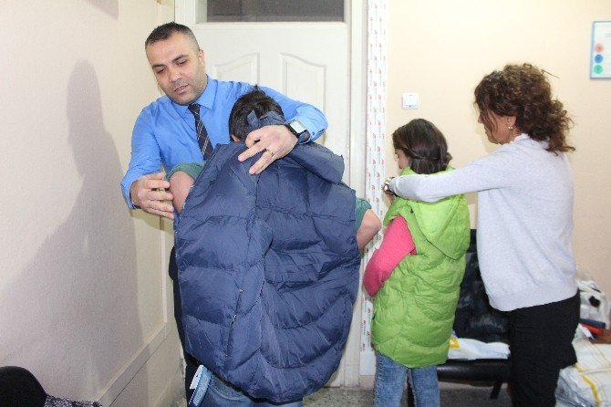 Çağatay'dan Öğrencilere Kışlık Giyim Yardımı