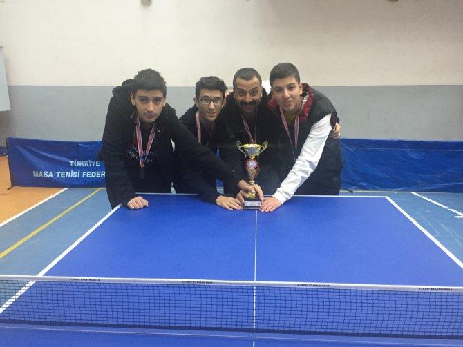 Masa Tenisi Şampiyonası'nda Manavgat'ı temsil edecek