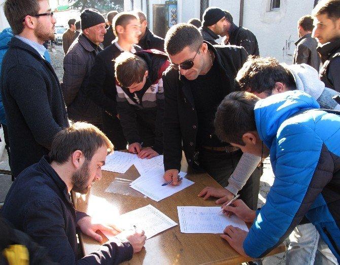 Batum'a Yeni Cami İçin İmza Kampanyası