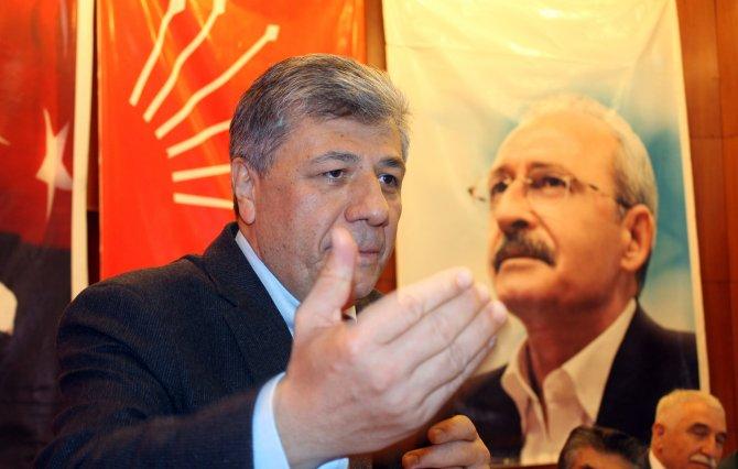 CHP Genel Başkan adayı Balbay, Sivas il kongresine katıldı