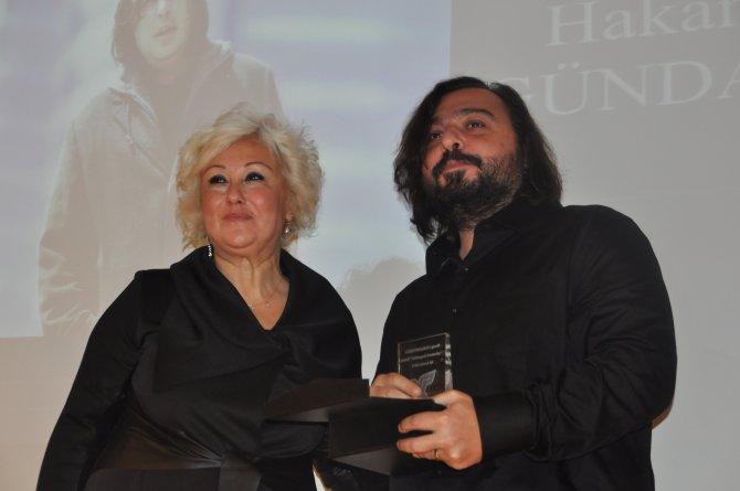 Necip Hablemitoğlu toplumsal duyarlılık ödülleri verildi