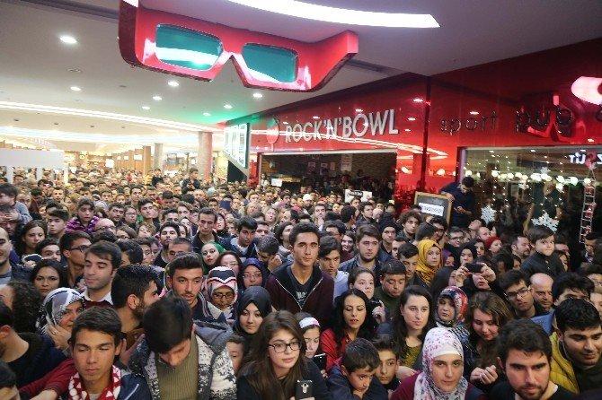 'Düğün Dernek 2: Sünnet' Filminin Antalya Galası Yapıldı
