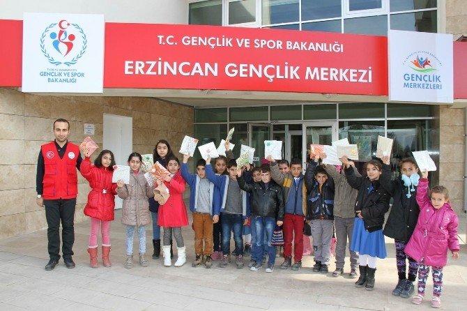 Öğrencilerden Gençlik Merkezi'ne Ziyaret