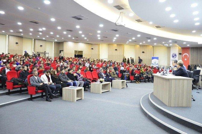 """SAÜ'de """"Ortadoğu'yu Düşünmek"""" İsimli Konferans Düzenlendi"""