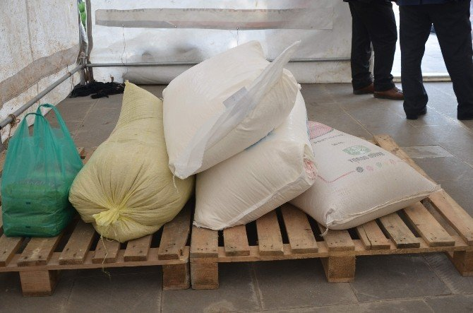Kahta'da Suriyeliler İçin Yardım Çadırı Kuruldu