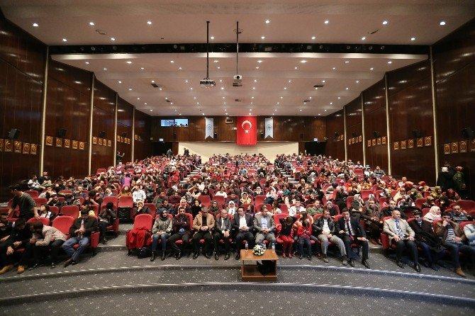 Büyükşehir Belediyesi, Milli Şair Mehmet Akif Ersoy'u Andı
