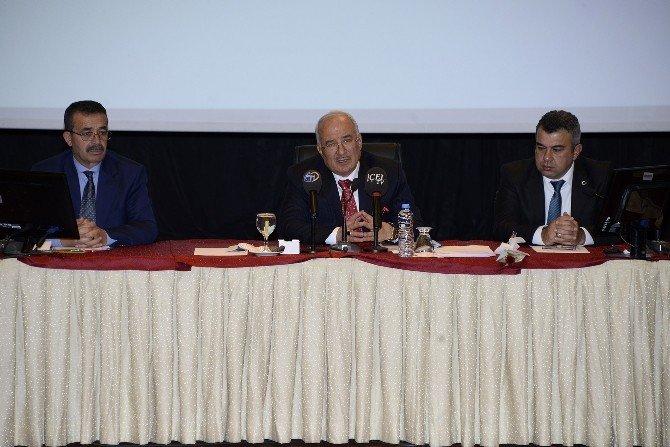 Büyükşehir Meclisine Otopark Ve Kentsel Dönüşüm Sorunları Damga Vurdu