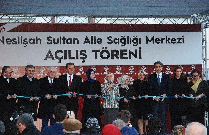 """Sare Davutoğlu: """"Sağlık Merkezleri Adeta Şifa Ve Şefkat Kucağı Gibi"""""""