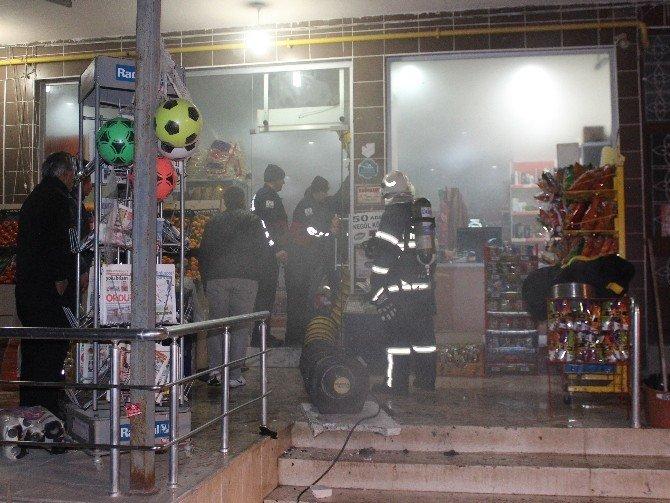 Markette Çıkan Yangın Korkuttu