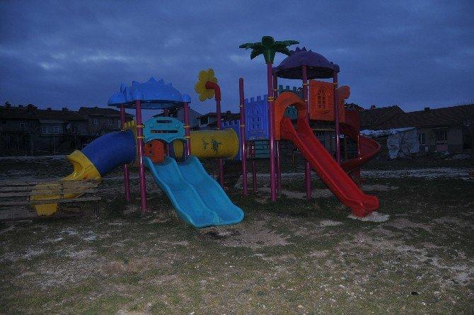 Bozüyük'te Park Tahribatının Önüne Geçilemiyor