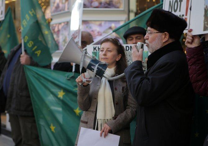 Çerkezler Rusya'yı protesto etti