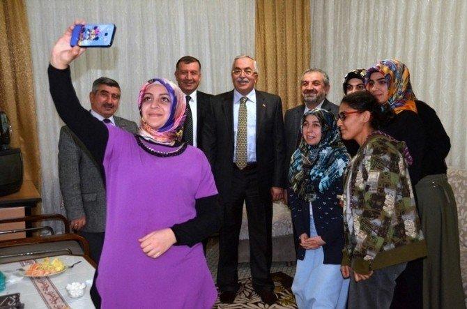 "Tokat'ta ""Cami-öğrenci Evi"" Projesi"