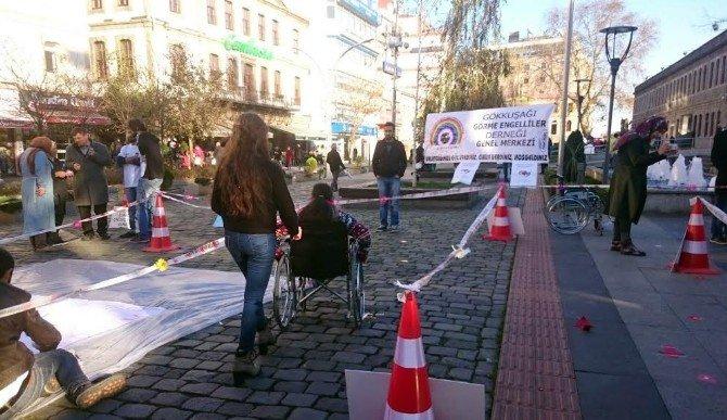 Sokaktan Geçenleri Teste Tabi Tuttular